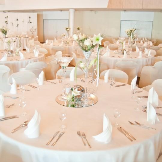Tischdeko Weiße Lillien