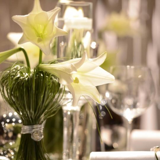 Tischdeko weiße lilli